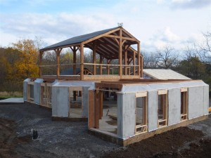 Straw bale sip walls by naturebuilt bec green for Timber frame straw bale house plans
